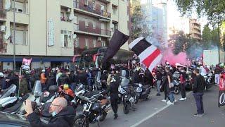 Covid 19, cori e assembramenti vicino al Meazza prima di Inter-Milan