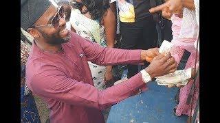 Ibrahim ChattaSalawa Abeni Spray Money On Liz Anjorin As She Shows Off Her Shaku Shaku Dance Move