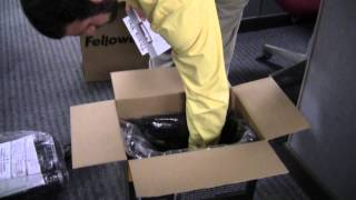 Fellowes 79Ci Unboxing and Assembly