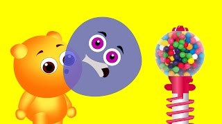 Mega Gummy Bear blowing bubble chewing gum finger family nursery for kids | Mega Gummy Bear