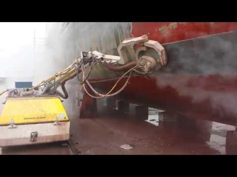 Hydroblasting carena Dockboy