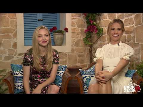 "Amanda Seyfried & Lily James Sing ""Dancing Queen"""