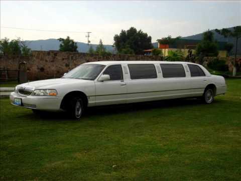 LINCOLN TOWN CAR LIMOUSINE AMERICAN LIMOUSINE VIP