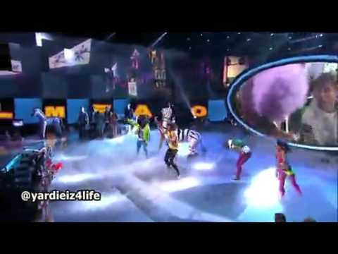 LMFAO - Sorry For Party Rocking (Live at American Idol) (2012) (WWW.MZHIPHOP.ME)