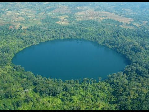 Cambodia travel _ CaLake Yeak loem - A Crater Lake - a popular tourist destination in Cambodia