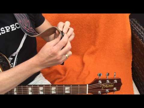 How to use a Fretfunk Acoustic Guitar Strap Button