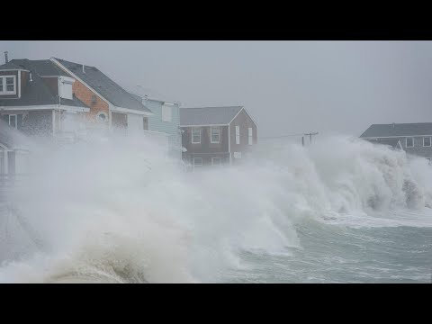 Noreaster: powerful storm pounds Massachusetts coastline
