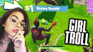 Girl Voice Trolling on Fortnite! *HILARIOUS REACTION*