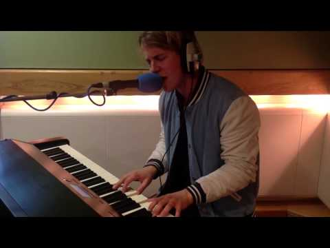 Tom Odell - 'Grow Old With Me' live on Chris Evans Breakfast Show