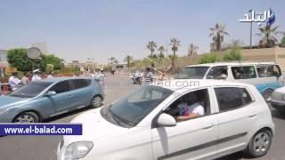 بالفيديو.. تكثيف أمني بمحيط مطار ألماظة استعدادا لأداء صلاة الجنازة على شهداء سيناء