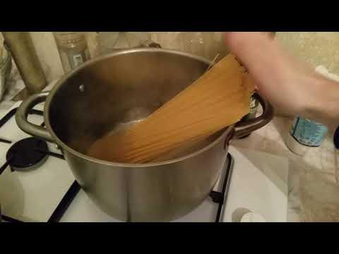 Как варить макароны чтобы они не слипались