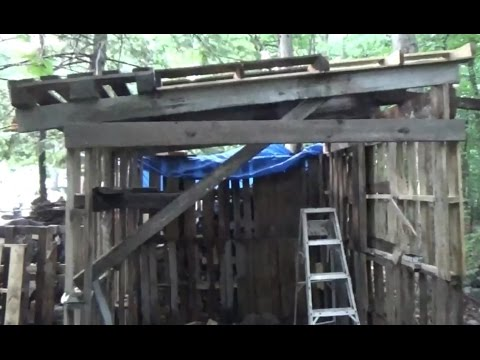 Built A Goat House Entirely With Free Pallets & Scrap Wood