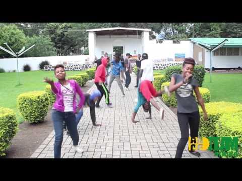 Mafikizolo - Khona feat. Uhuru by  Danceteam Africa Juniors