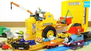トミカ 現場変形 メガトンダンプ トーマス プラレール 建設車両 /Tomica, MEGATON DUMP, Plarail, Thomas thumbnail