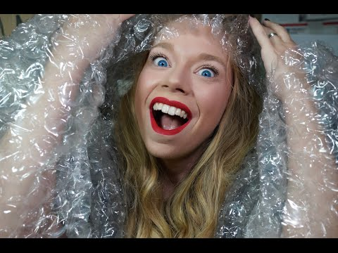 SWAMP FAMILY MAIL!- BUBBLE WRAP OUTFIT!