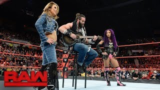 Sasha Banks, Bayley & Mickie James interrupt Elias: Raw, Dec. 18, 2017