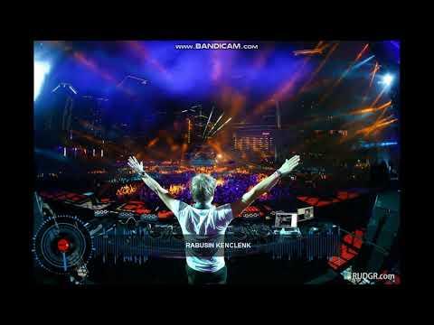 DJ Papa liat Aku Bernyanyi + Akimilaku