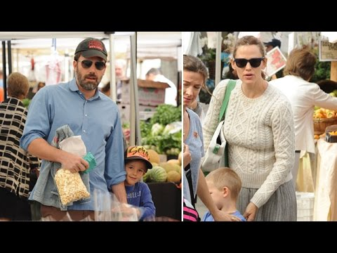 Jennifer Garner And Ben Affleck Take Their Kids To The Farmer's Market Together