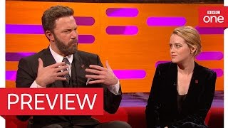 Video Ben Affleck's son played with Prince George & Princess Charlotte – The Graham Norton Show 2016 – BBC download MP3, 3GP, MP4, WEBM, AVI, FLV Agustus 2018