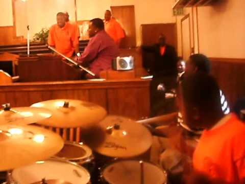 Mt. Zion Youth Day 2010 Praise Break with Pastor D...
