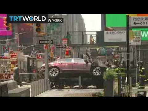 Breaking News: Speeding vehicle hits pedestrians in New York