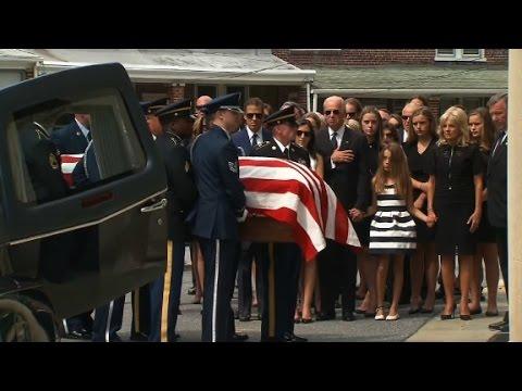 Casket arrives at Beau Biden funeral