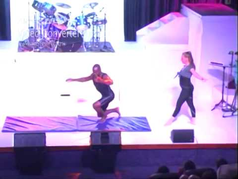 MALAWIAN CIRCUS ARTIST AND HIS PARTNER PERFORMING STRENGTH ADAGIO AT THE BOLLYWOOD ANNUAL SHOW.