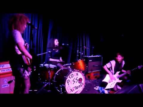 SKINNY GIRL DIET LIVE AT OUR BLACK HEART, LONDON 13-05-15