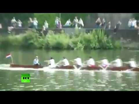 William & Kate cox boats in Cambridge-Heidelberg race