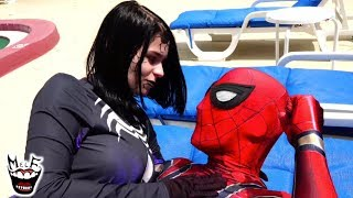 VENOM SEDUCES SPIDER-MAN! Real Life Marvel Superhero Movie