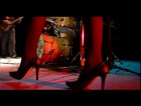 Madame Ur y Sus Hombres -  Agua Tibia Live.