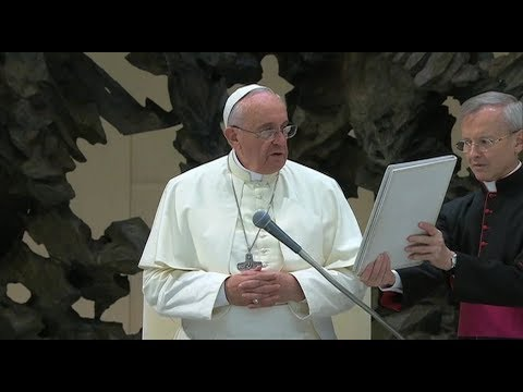The pope bans sale of tobacco in Vatican