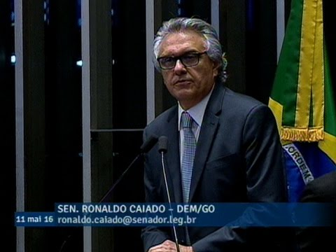 'É o cala-boca definitivo', diz Ronaldo Caiado sobre rejeição do pedido de suspender impeachment