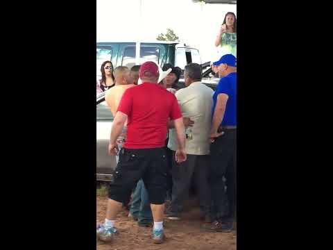 Pleito en las carreras de Odessa Texas