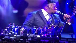 """bachatero anthony santos triunfa en radio city músic hall con su concierto """"la historia de mi vida"""""""