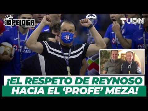 ¿Por qué le regaló su medalla? Juan Reynoso y el 'Profe' Meza en EXCLUSIVA   TUDN