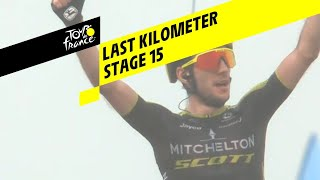 Bekijk de knotsgekke laatste kilometer van etappe 15