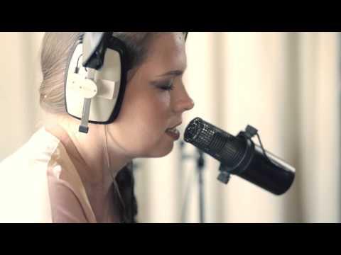 Arctic Monkeys  I Wanna Be Yours - Jazz cover by Sasha Bakman