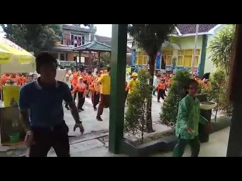 SD Negeri Yogyakarta Senam Pagi SD Jaranan