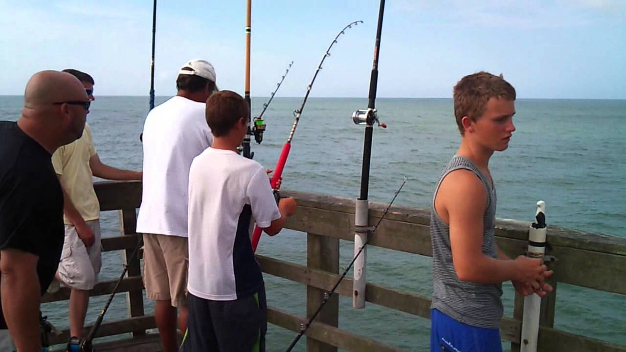 7 28 13 zack catching a 37 pound king mackerel off the for Seaview pier fishing report