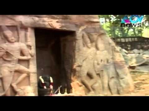 Vizhinjam's cave temple wows tourists