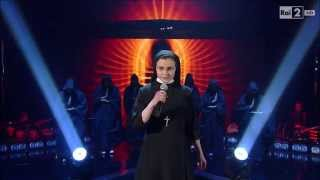 "The Voice IT | Serie 2 | Live 1 | Suor Cristina Scuccia canta ""What a feeling"""
