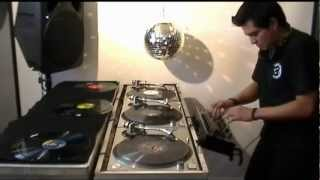 VDJ SLIDE Techno mix three turntables Technics 1200 Vinyl DJ Ricardo Pacheco 90s tornamesas Bacalao