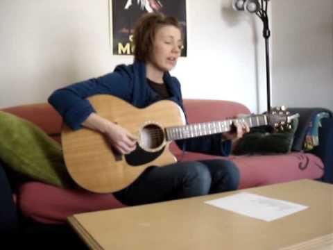 Alanis Morissette - Uninvited (Acoustic Cover) Julie Roth