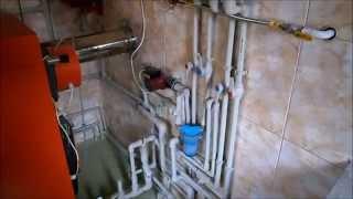 Отопление дома. Как подключить твердотопливный и газовый котлы в одну систему отопления!(Отопление дома. Как подключить твердотопливный и газовый котлы в одну систему отопления! Частный дом отопл..., 2014-11-10T15:19:24.000Z)