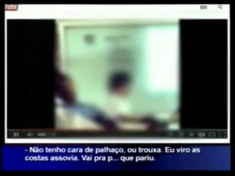 Reportagem Ric Record Professor Xinga Aluno no Colégio Fayal de Itajaí SC