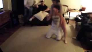 Hot Girl Chokes Out Guy In Living Room Fight