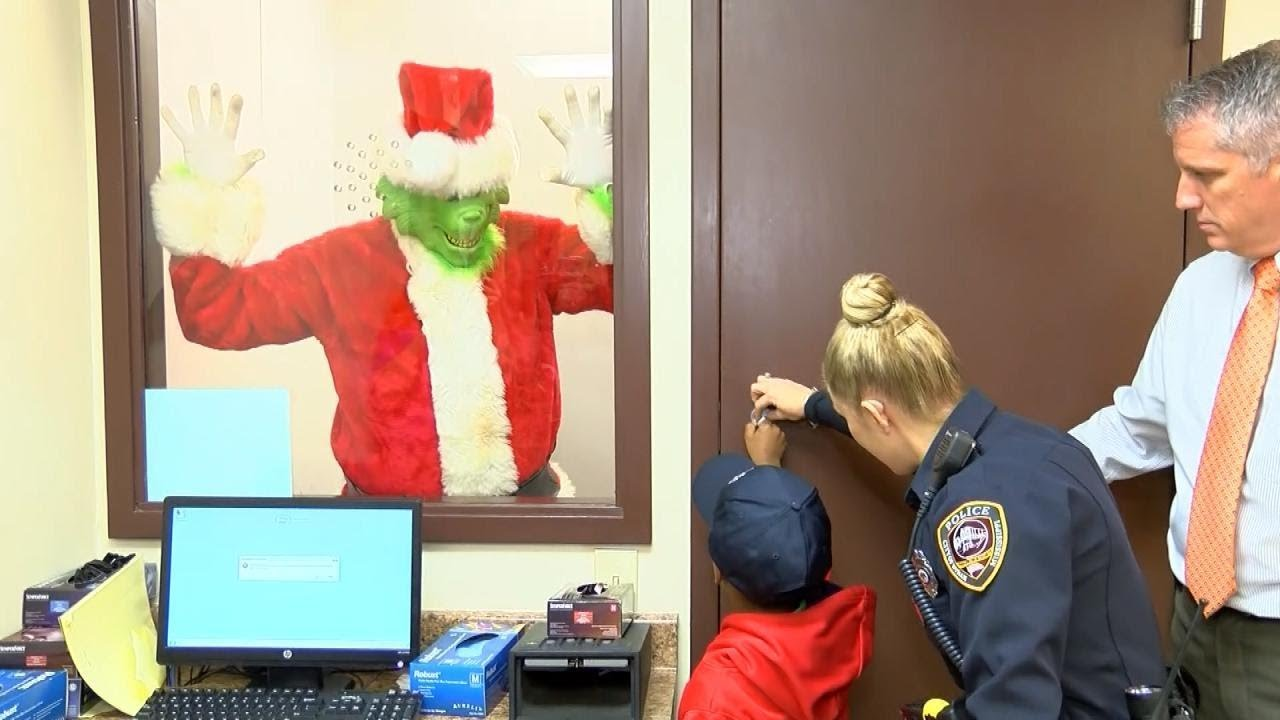 Little Boy Calls Police to Report the Grinch Is Trying to Steal Christmas