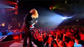 lynyrd skynyrd live at freedom hall preforming the song that smell.