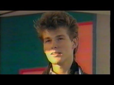 A-ha - Morten Harket Interview - Saturday Superstore 1987